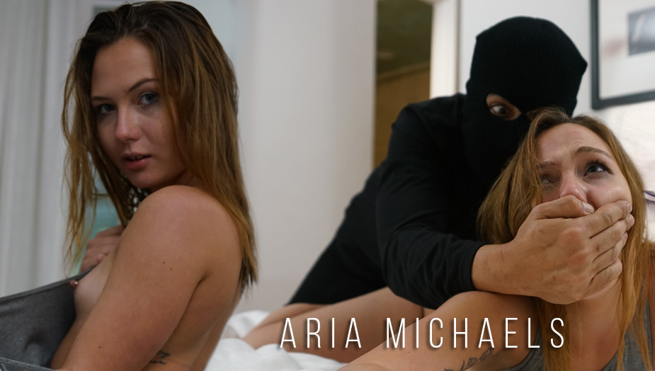 Teen Creeper Aria Michaels